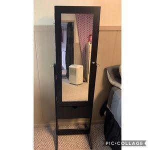 Mirror/ jewelry organizer